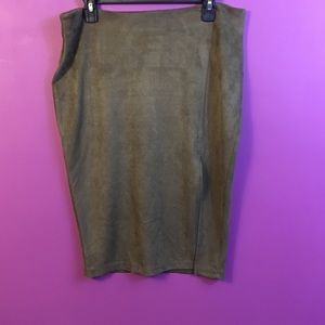 Missguilded fitted midi olive green skirt size 14